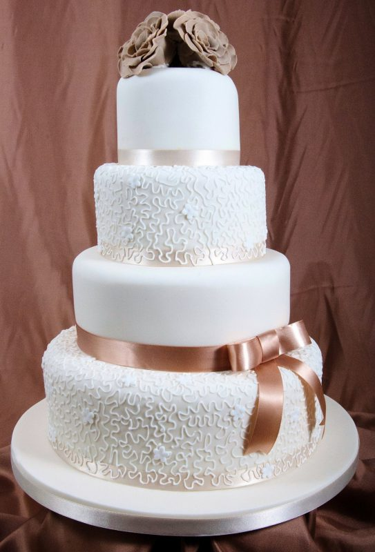 WeddingCakes1