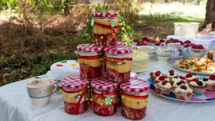 Hen Party Ideas: Portable Puddings for Practical Picnics