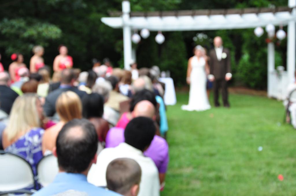 Tips For an Outdoor Wedding