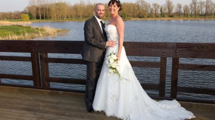 Real Wedding: Lovebirds in Wyboston Lakes
