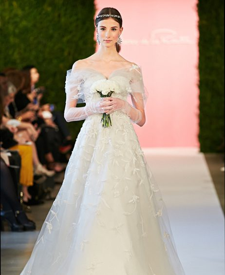 Oscar De La Renta Spring 2017 Wedding Dress Collection: Oscar De La Renta - Spring 2015 Collection