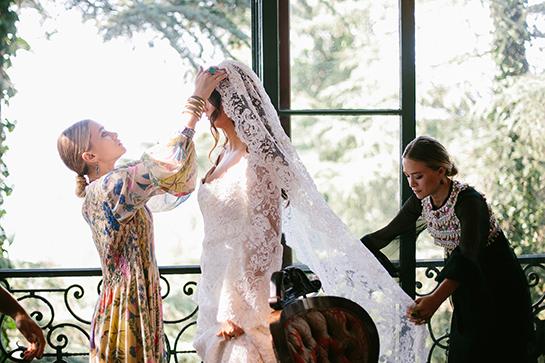 The Olsen Twins Have Designed a Wedding Dress