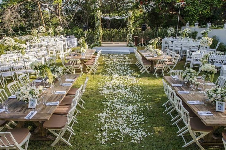 Questions To Ask A Wedding Fair - Room Setting
