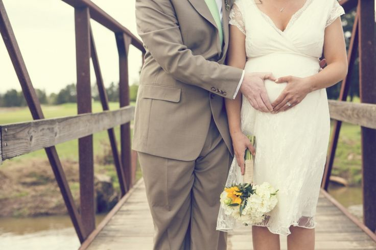 13 Thoughts EVERY Pregnant Bride Has