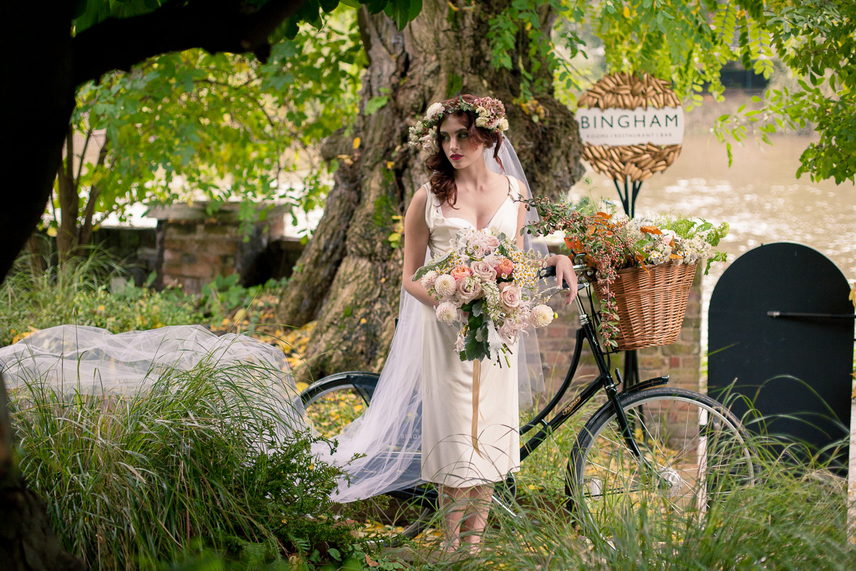 Maria de Faci Photography - Bergdorfs Flowers How To Choose Your Wedding Flowers