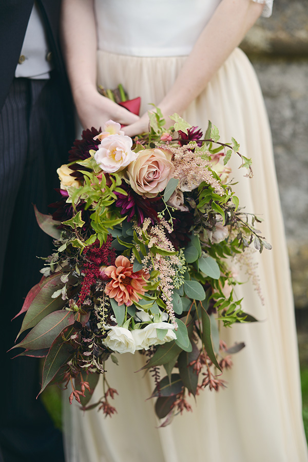 16 Beautifully Rich Amp Rustic Bouquet Ideas For Autumn Brides