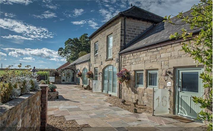 Best Western Rogerthorpe manor