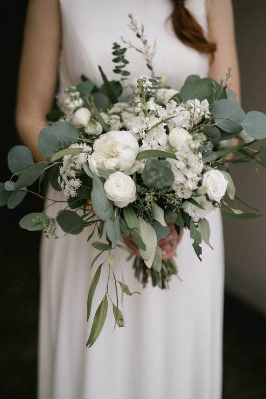 Emotional-Green-White-Wedding-Wisconsin-11-600x900