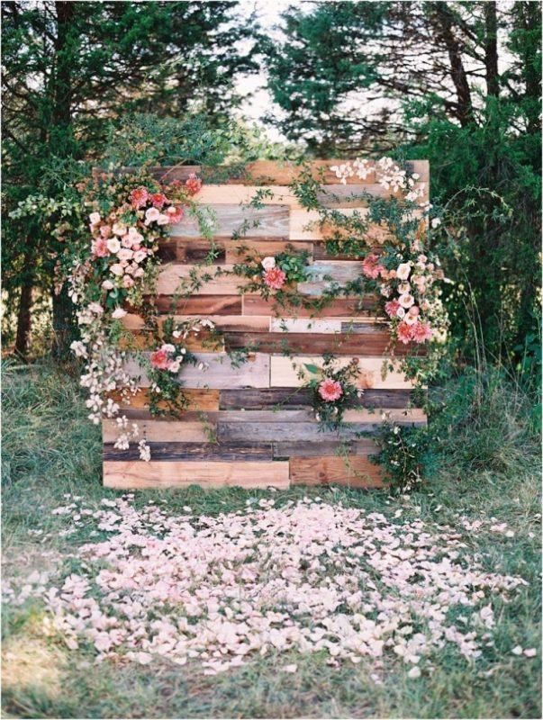 Lynchburg-Virginia-Sorella-Magical-Woodland-Wedding-as-seen-on-Hill-City-Bride-by-Adam-Barnes-Photography_0007-771x1024(pp_w611_h811)