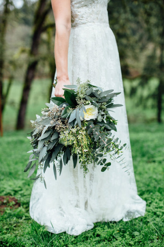 011-green-foliage-wedding-bouquets