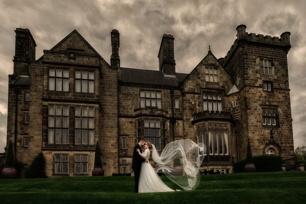 Breadsall-Priory-wedding-spring-SM-Elen-Studio-Photography-037-ssh (2000x1333)