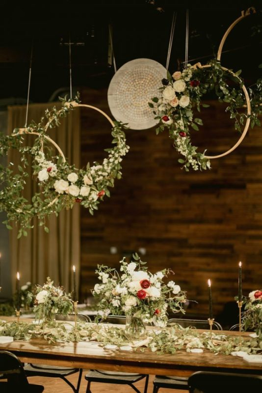 The-Floral-Design-is-To-Die-For-in-This-Lush-Atlanta-Wedding-Taylor-Dawn-Design-31-600x899-1-600x899