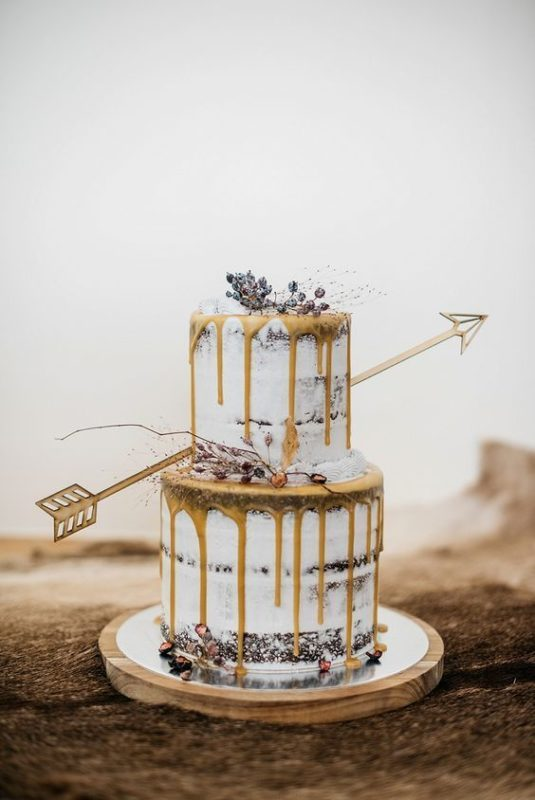 21-Amazing-Drip-Wedding-Cake-Ideas-You-Can't-Resist_008
