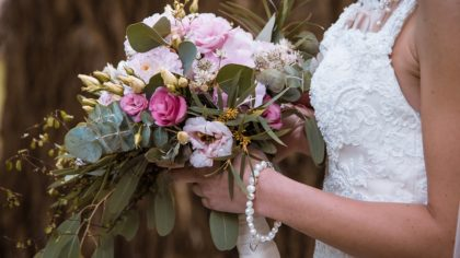 Styled by Nature: Embracing your Natural Surroundings in Your Wedding