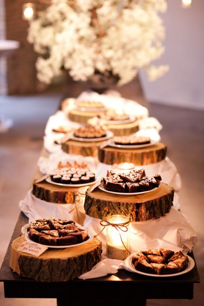 dessert-table-settings-for-barn-and-country-weddings-683x1024