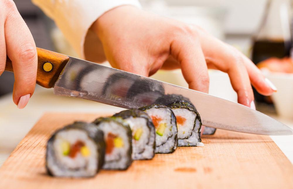 shutterstock_267875888 Sushi (1000x645)