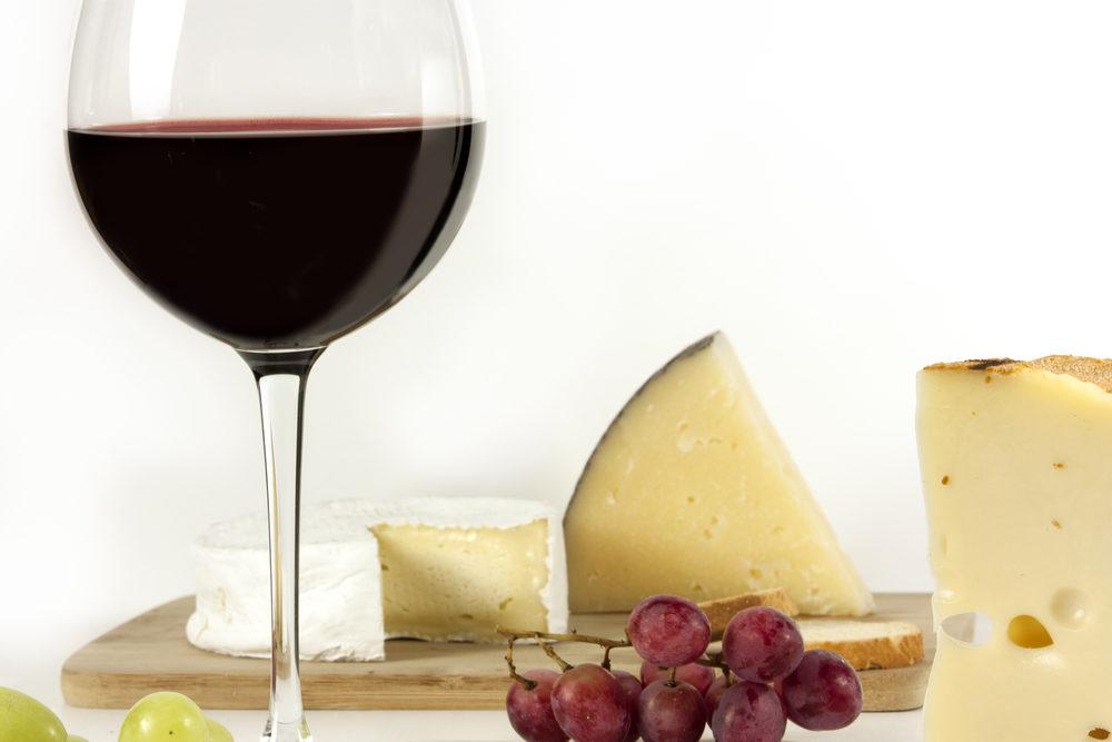 shutterstock_519711799 Cheese & Wine Tasting (1000x667)