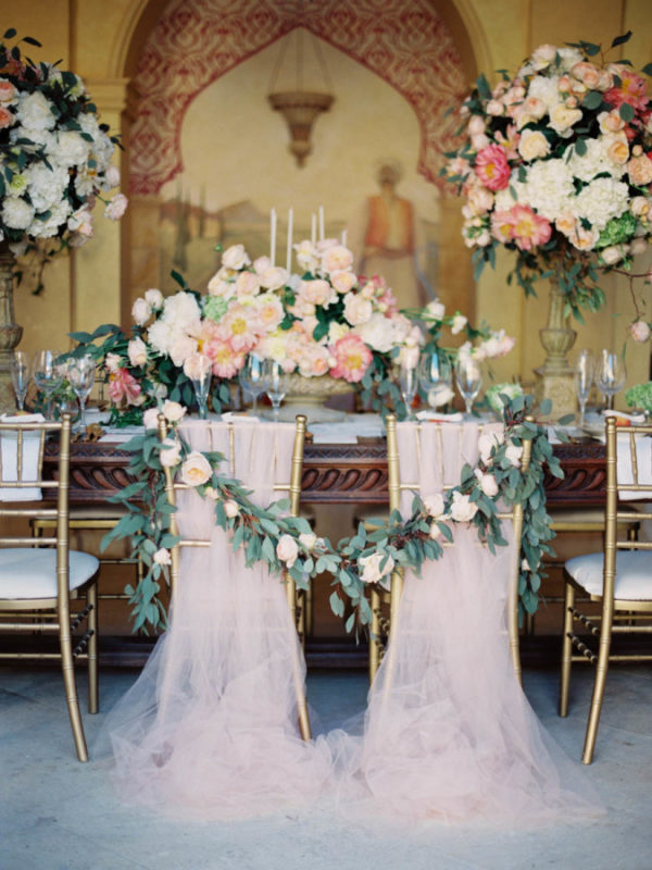elegant-floral-garland-chair-decoration-ideas-with-pink-tulle