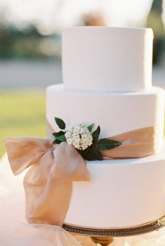 elegant-wedding-cake-with-blush-ribbon
