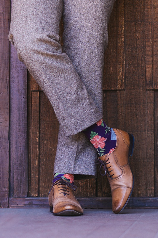 purple-carded-cotton-hibiscus-floral-sock-249329-515-800-1