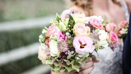 The Latest Tips & Trends For Splendid Spring Weddings