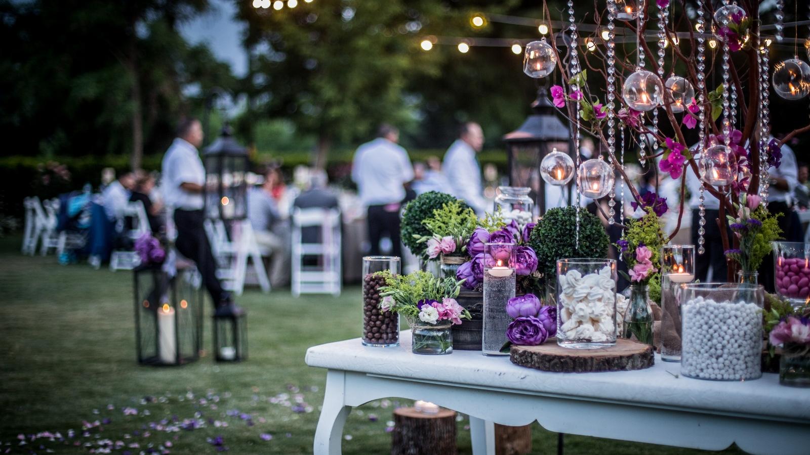 Tips to Beat Seasonal Allergies at Summer Weddings