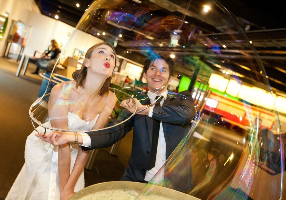 Wedding Photos with Exhibits (1) (1000x701)
