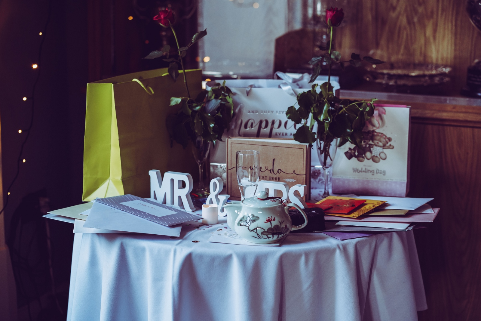 Simple Wedding Gift Ideas for the Couple