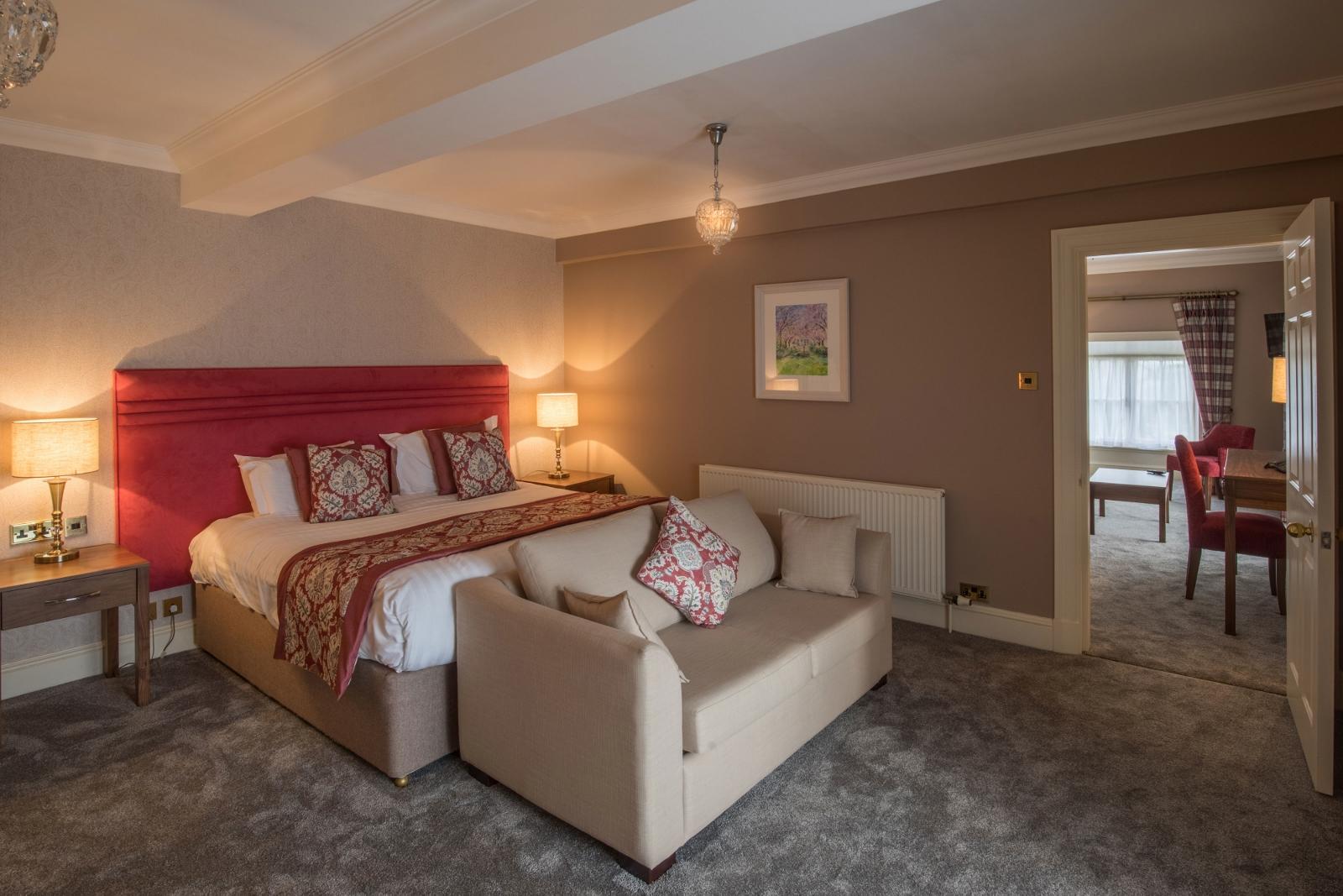 Honeysuckle-bedroom (1600x1067)