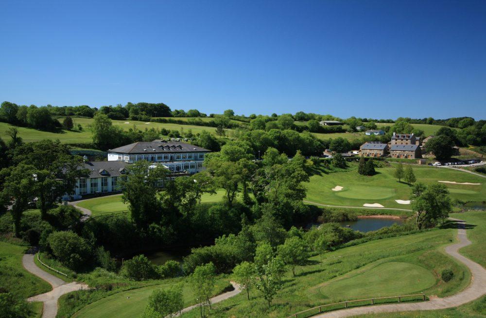 golf-courses-championship-course.-hole18view-1600x1050-1000x656