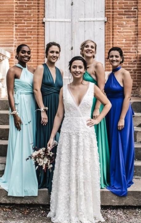 Bridesmaids - same dress different colour 1