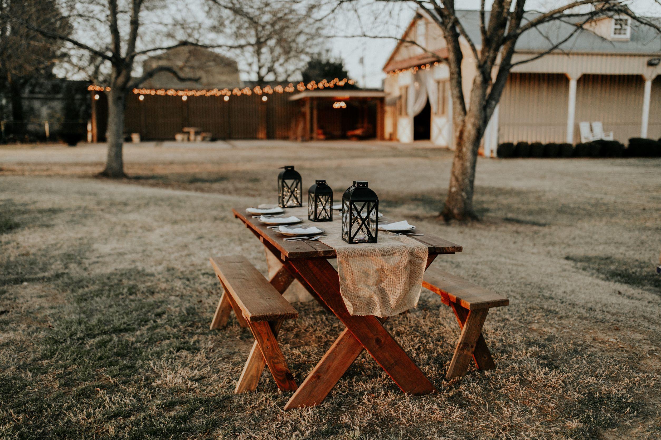 Setting for your barn wedding